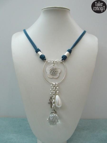 Collar Shanghái